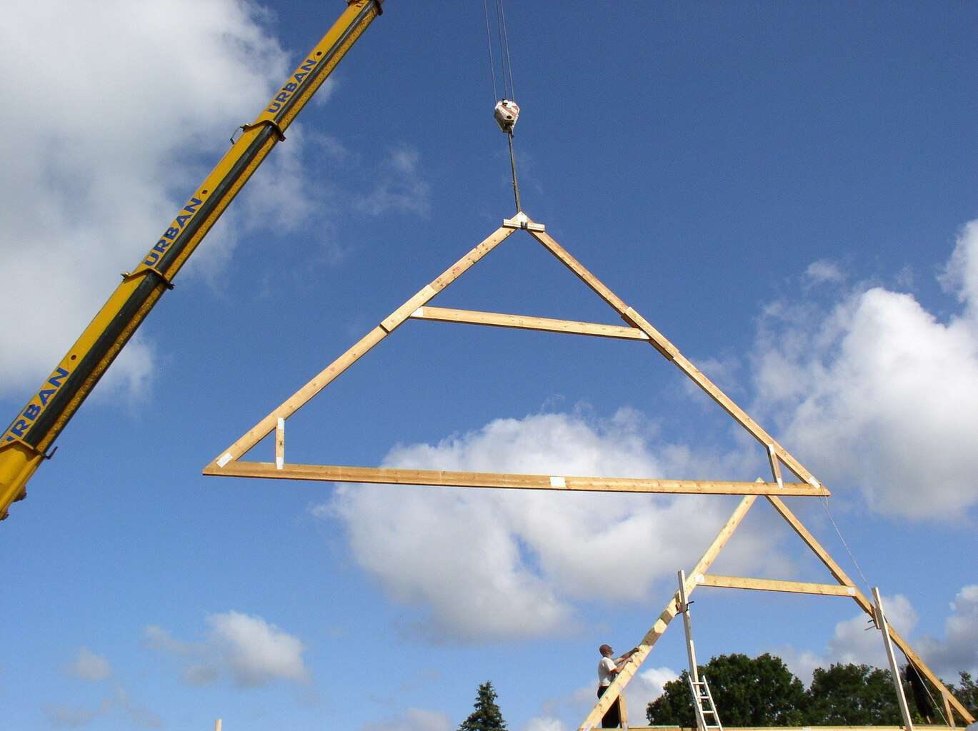 how to build roof trusses for a shed