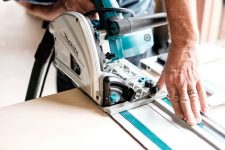 Milwaukee vs Makita – Which Brand Makes the Best Saw?