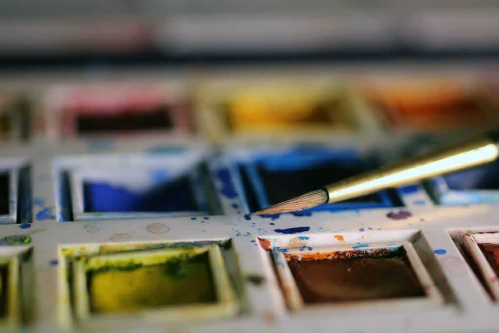 The Best Paint To Use On Your Picture Frames Sawshubcom