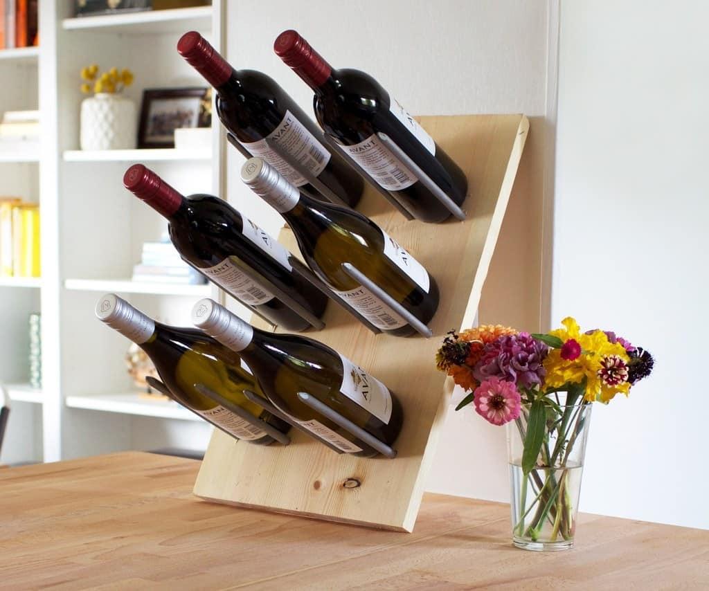 Modern wine holder