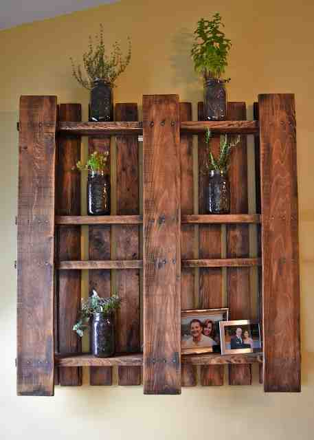 30 Fast Simple And Stylish Ideas For Diy Pallet Shelves