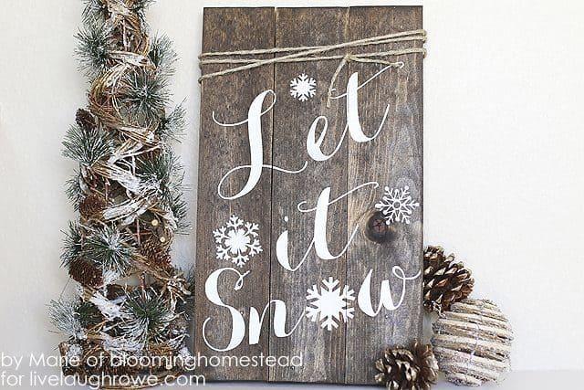 Let it snow pallet sign