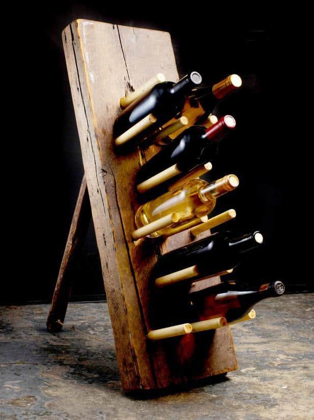 Basic standing wine rack