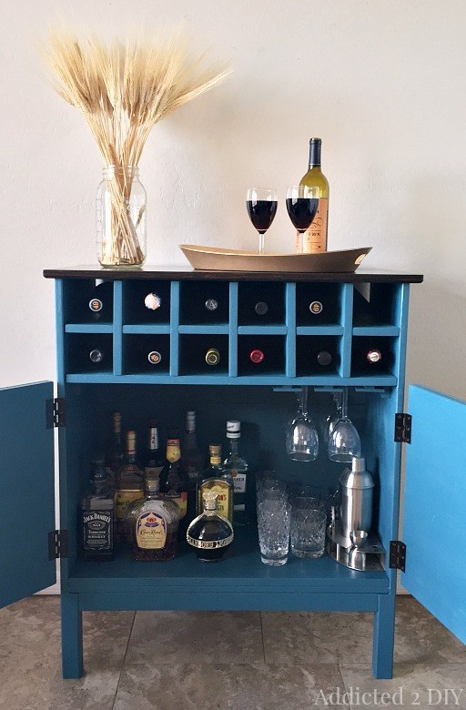 Cabinet style wine rack
