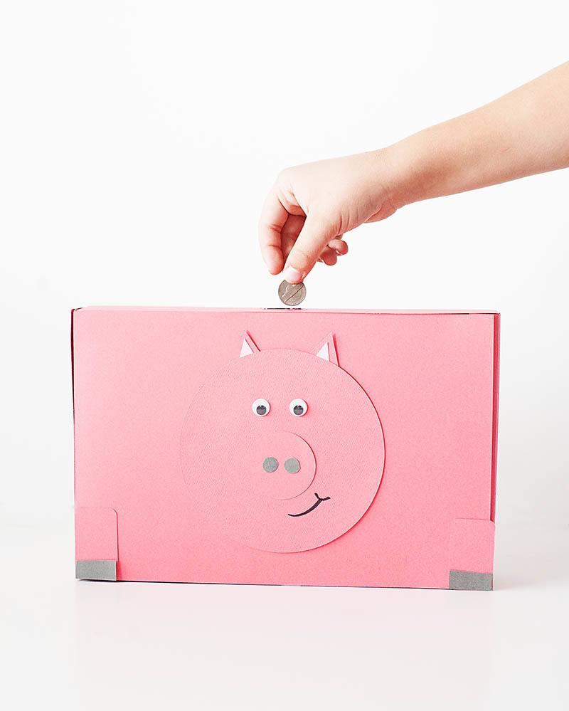 Pig box piggy bank