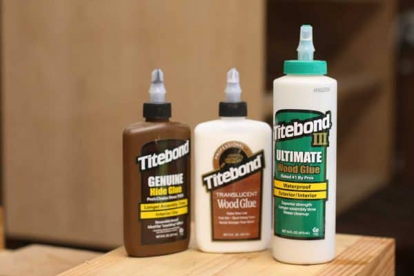 Different types of wood glue