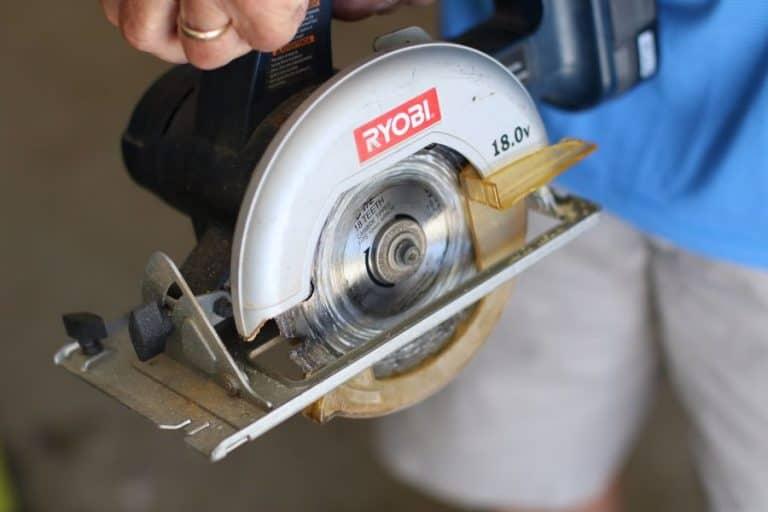 How To Cut A 60 Degree Angle Using A Circular Saw Blade - post thumbnail
