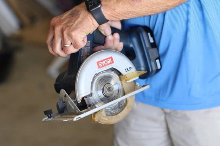 How to Make Angle Cuts With a Circular Saw - post thumbnail